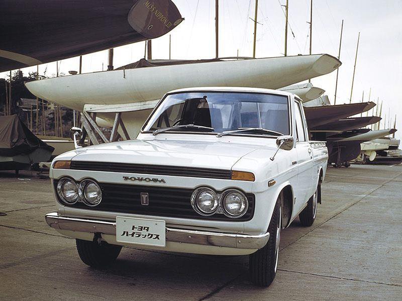 Toyota Hilux, 50 años y ocho generaciones de la pick-up