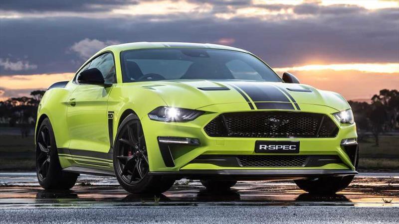 Ford Mustang R-Spec: los 60 hp menos que el GT500, los compensa con una caja manual