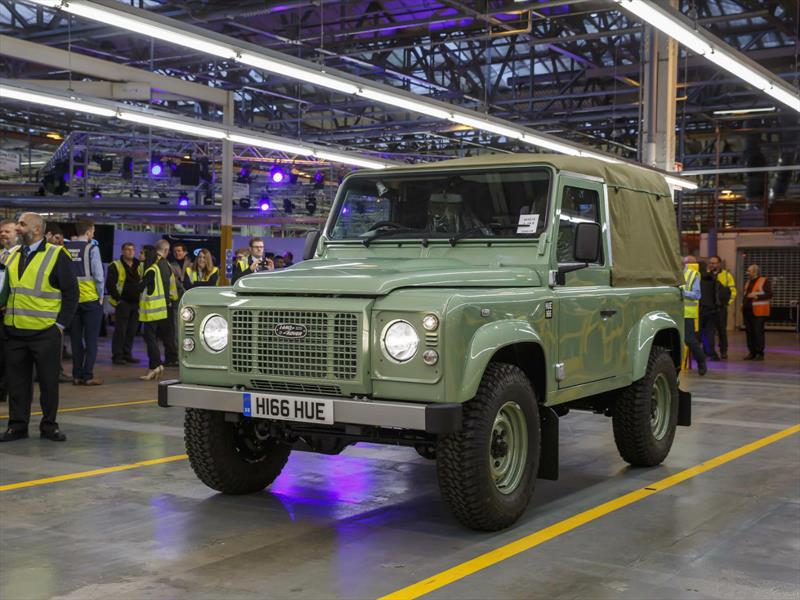 Land Rover Defender dice adiós