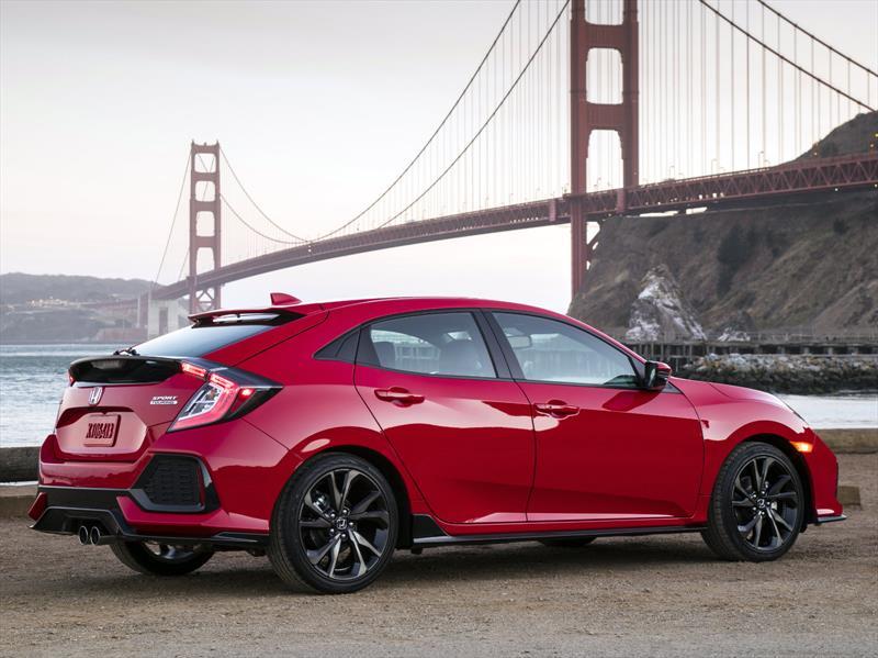 Honda Civic Hatchback 2017 Tiene Un Precio Inicial De 19 700 Dólares