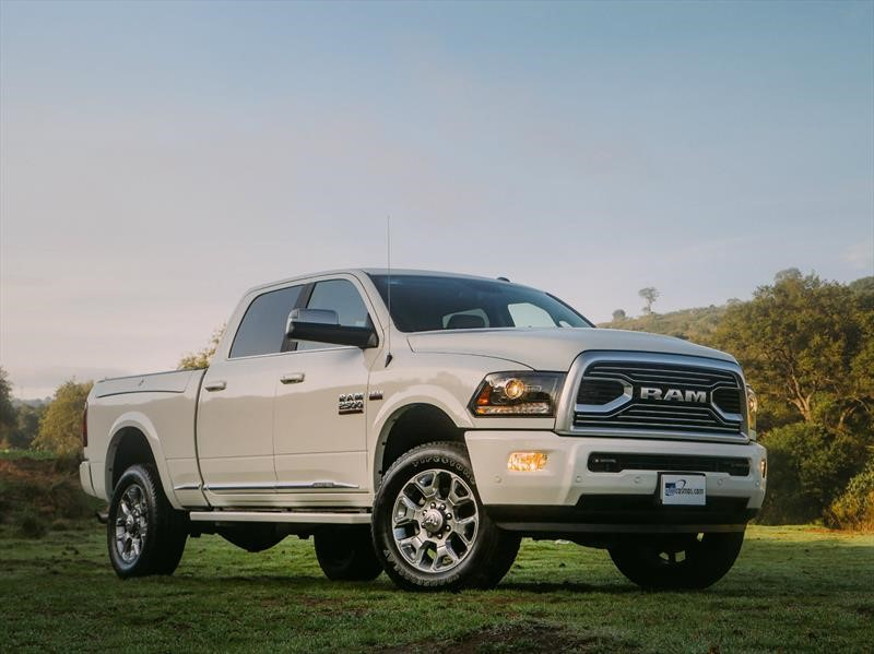 Ram 2500 HD Limited Tungsten Edition 2019 a prueba: La ...
