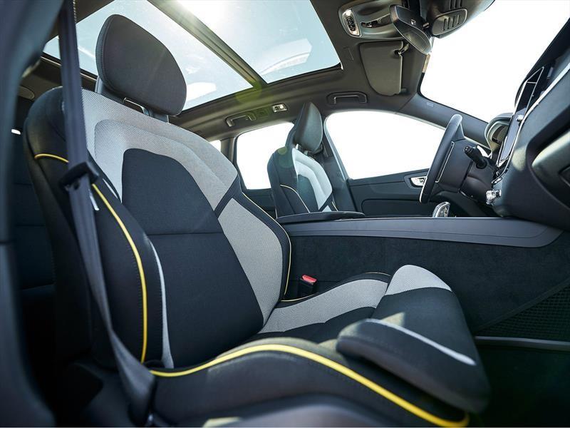 Volvo promete que uno de cada cuatro plásticos de sus autos será reclicado