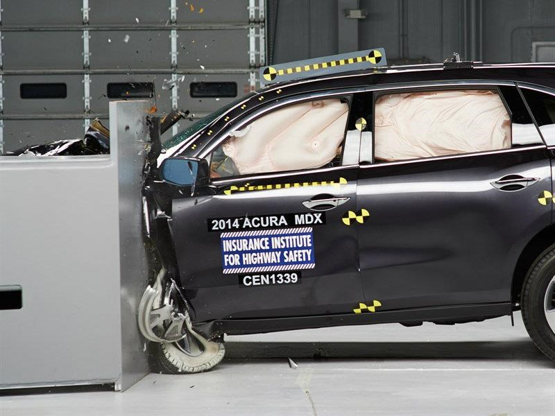 Acura MDX 2017 obtiene Top Safety Pick+ por parte del IIHS