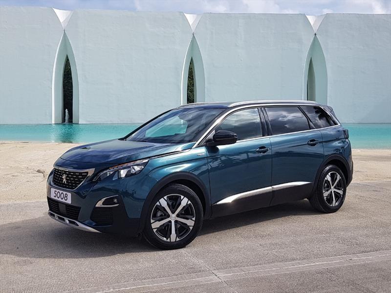 Peugeot 5008 2019 llega a México desde $559,900 pesos ...