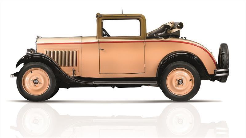 Peugeot celebra 90 años de nomenclatura numérica