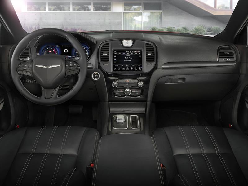 Top 10: Los autos con mejores interiores de 2015