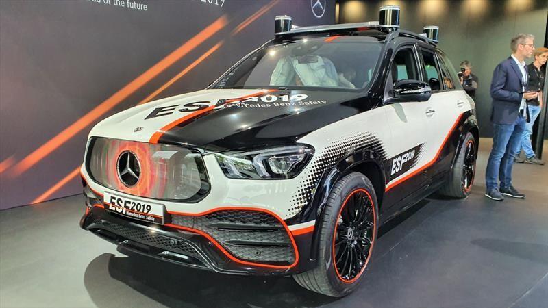 Mercedes-Benz ESF 2019 es un concepto enfocado a la seguridad de los autos eléctricos y autónomos