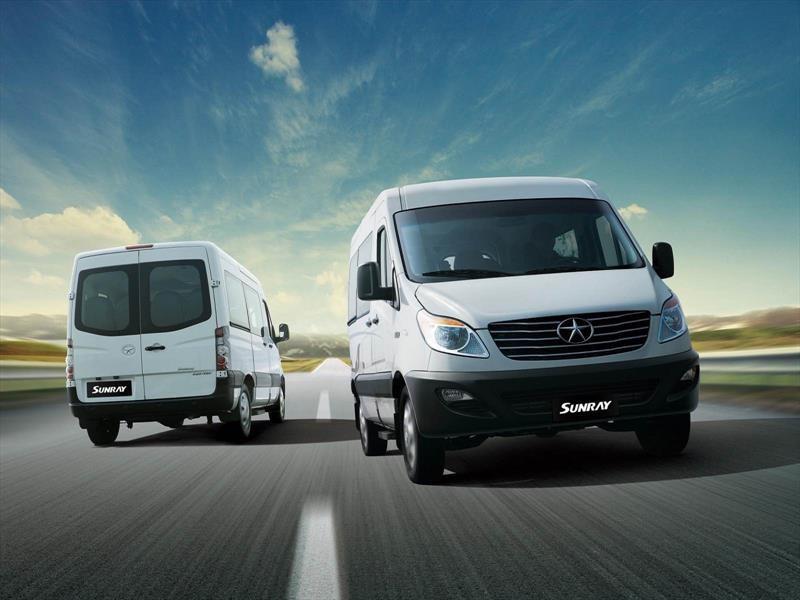 JAC lanza ediciones Limited para su minibus Sunray