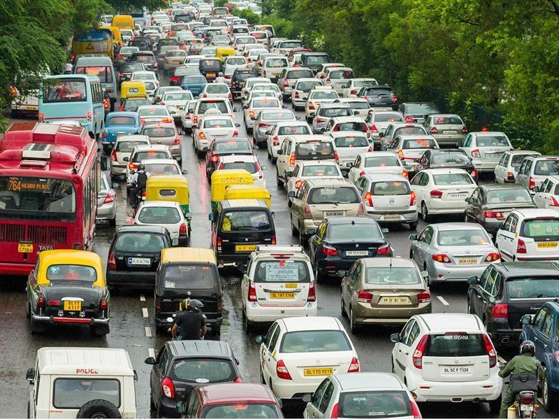 Nueva Delhi retirará los vehículos con más de 15 años de antigüedad