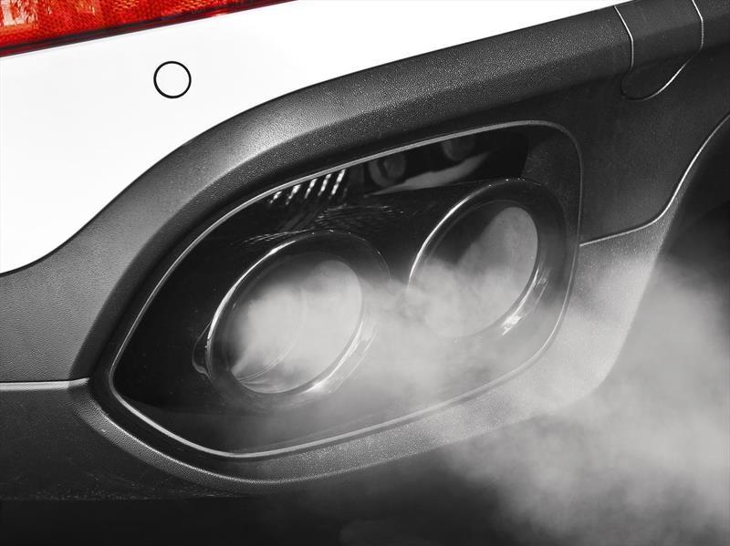 California quiere prohibir la venta de carros con motores de combustión