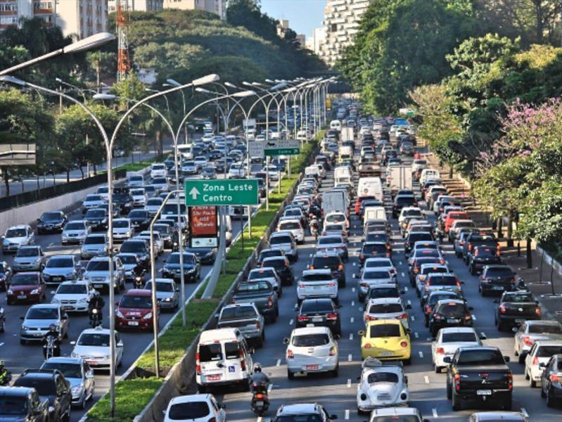 Ventas de autos en América Latina crecen en el primer semestre de 2018