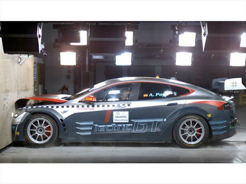 Tesla Model S pasa las pruebas de impacto de la FIA