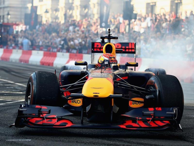 F1 quiere instalar micrófonos en los escapes
