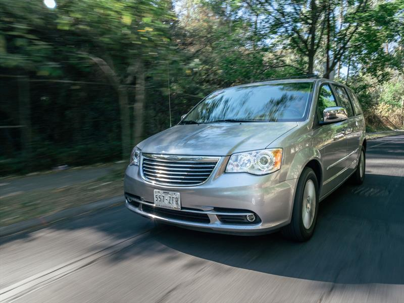 Test de Chrysler Town and Country 2014