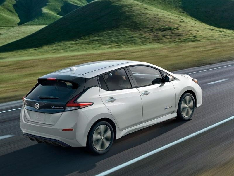 Nissan Leaf se lanza a unir Japón con Polonia