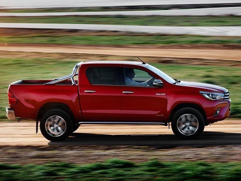 Toyota Hilux Diésel 2018 llega a México desde $420,900 pesos