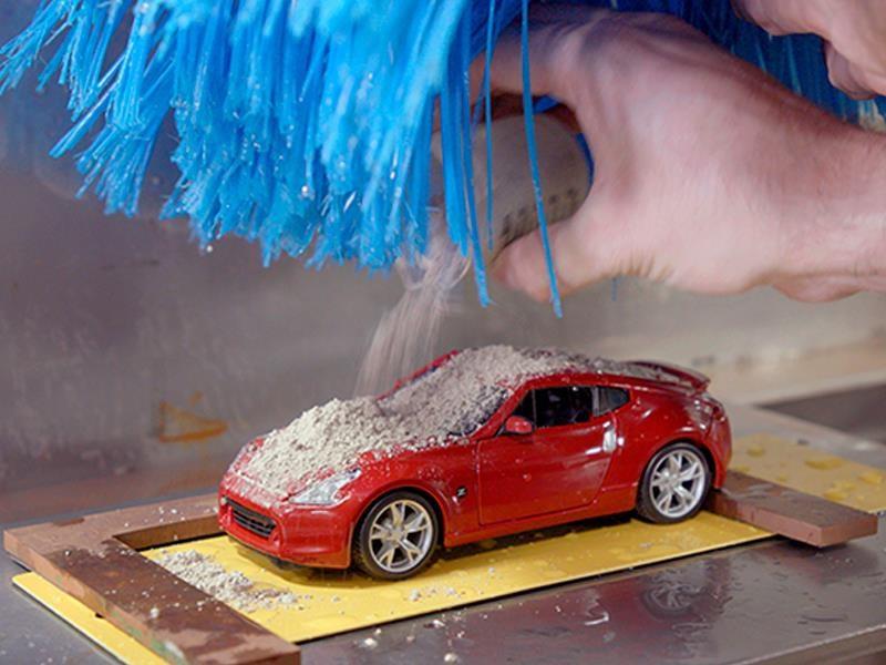 Conoce el autolavado para autos a escala de Nissan