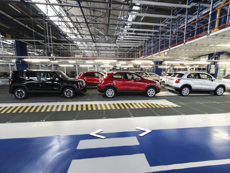 FIAT y Google Maps te llevan a conocer la producción del 500X