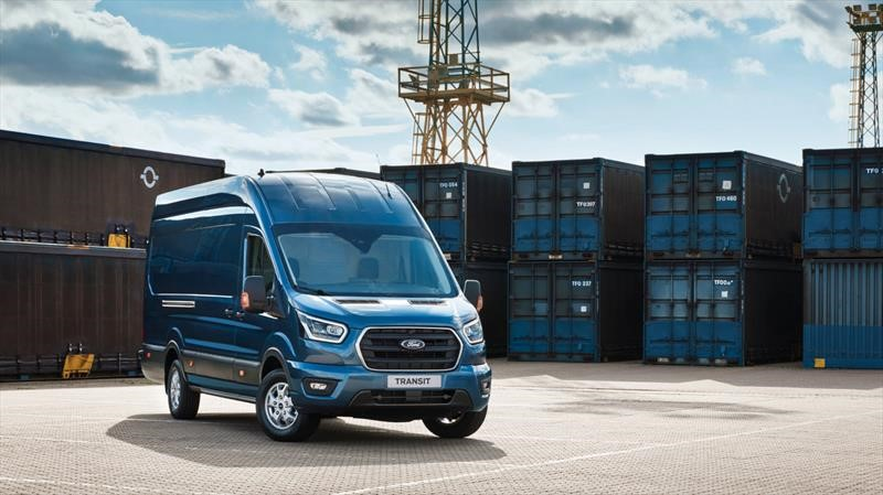 Ford Transit 2020 estrena sistema micro híbrido