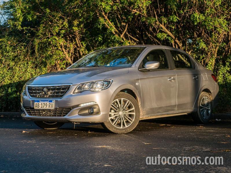 Peugeot 301 AT a prueba: Entre dos tierras