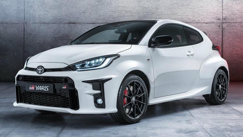 Toyota GR Yaris pasa de los rallys a las calles con el motor tres cilindros más poderoso del mundo