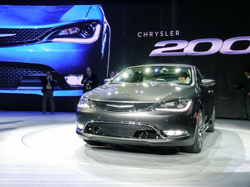 Chrysler 200 2015: Debut oficial