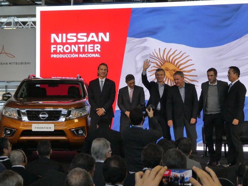 Nissan empieza la producción de la NP300 en Argentina
