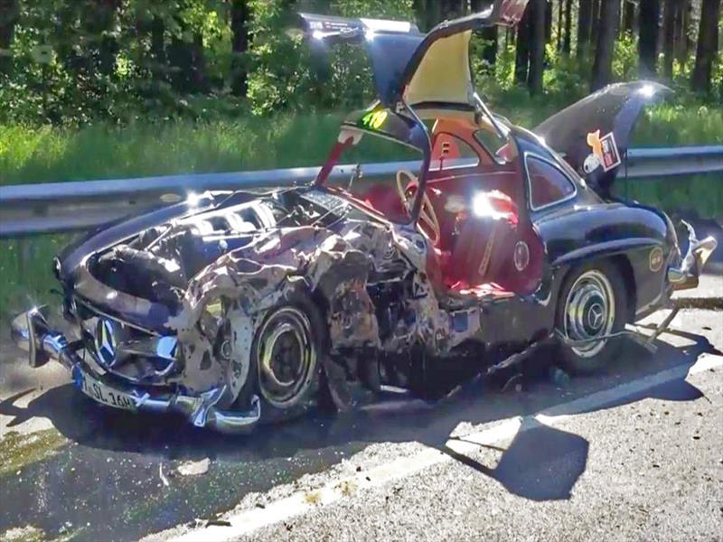Desastre mercedes benz 300 sl alas de gaviota resulta for Mercedes benz of wilmington de