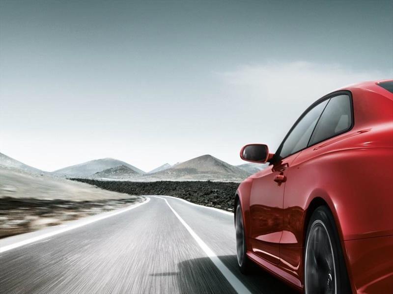 8 consejos para conducir seguro por carretera