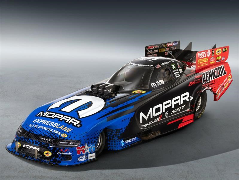 Mopar Dodge Charger SRT Hellcat NHRA Funny Car 2019, presume más de 10,000 hp