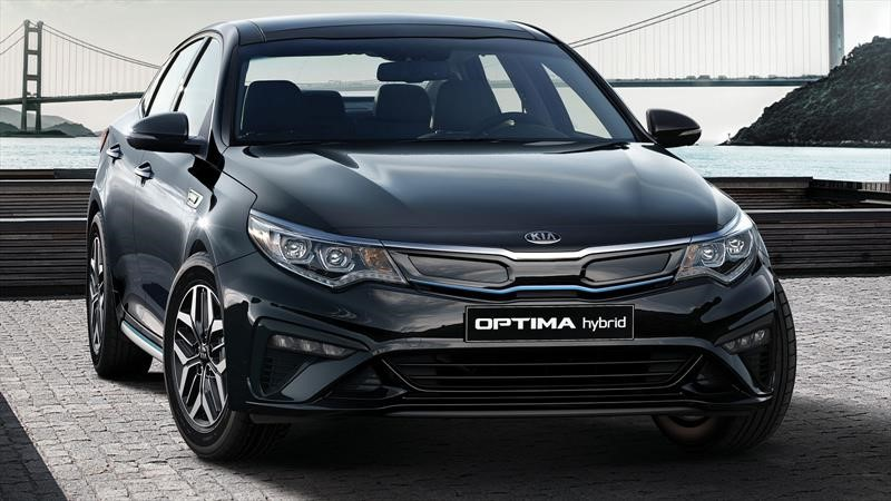 Kia Optima Hybrid 2020 muestra sus últimos cambios