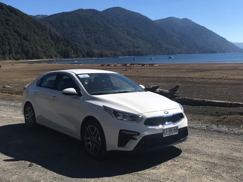 El Nuevo Kia Cerato Ya Esta En Chile Desde 12 790 000 Autocosmos Com
