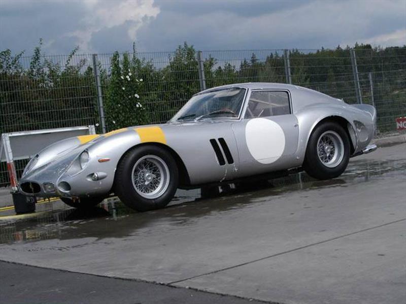 Un Ferrari GTO 1963 vendido en $70 millones de dólares es el auto más caro del mundo