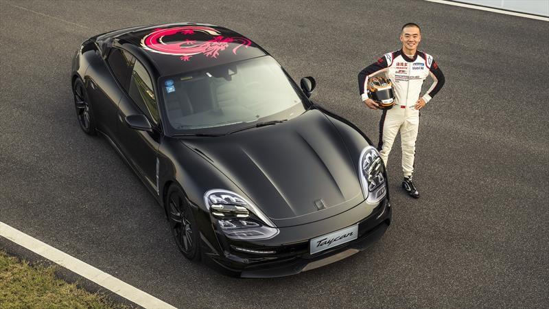 Porsche Taycan 2020 visita una pista en China antes de su debut mundial