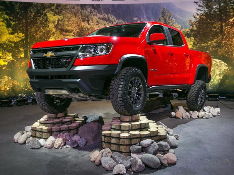 Chevrolet Colorado ZR2 2017, lista para las rutas difíciles