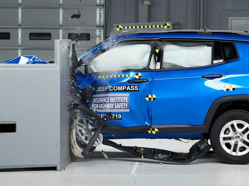Jeep Compass 2018 obtiene el Top Safety Pick del IIHS
