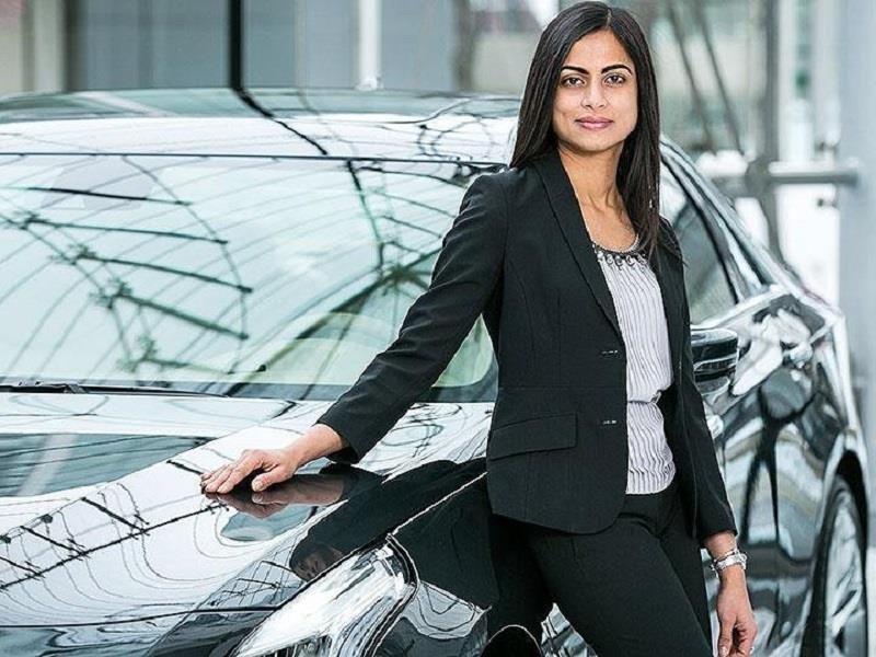 Dhivya Suryadevara es la primera directora de finanzas en General Motors