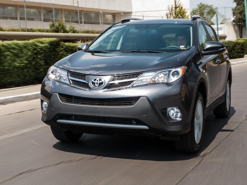 Circulan 500 mil unidades de Toyota en México