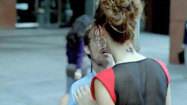 El aviso del FIAT 500 Abarth seduce a 1 millón de personas, pero no llegará a la TV