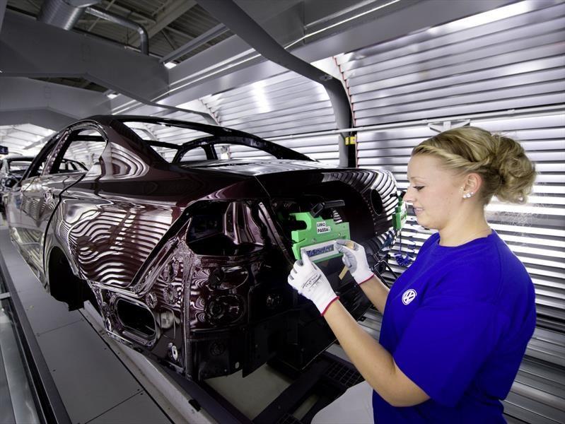 Volkswagen planea ser el mayor fabricante de autos eléctricos mundial
