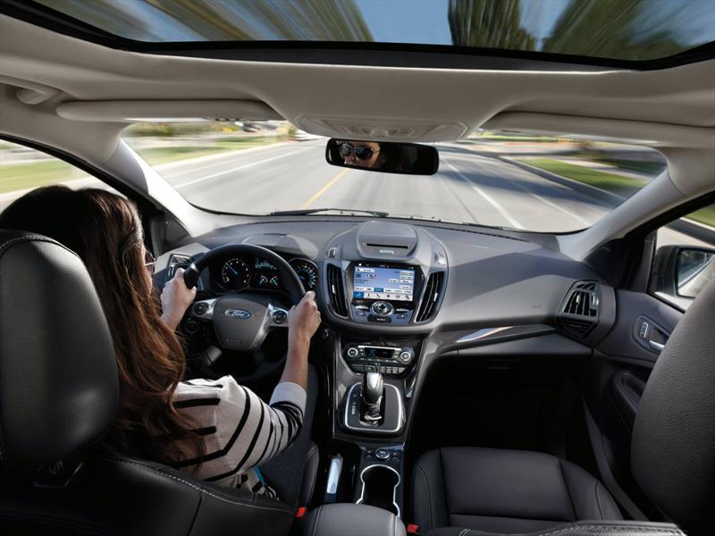 Ford Fiesta y Escape 2016 estrenarán el sistema SYNC 3