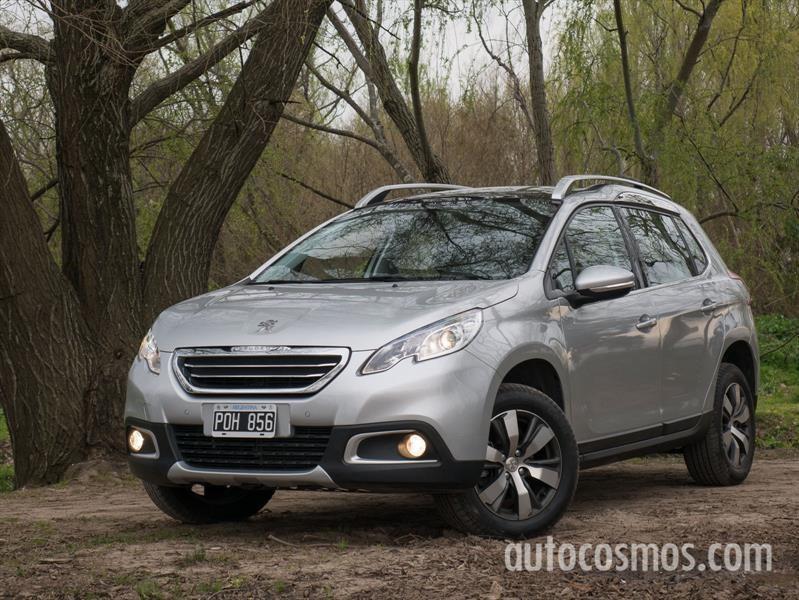 Peugeot 2008 recibe novedades de gama