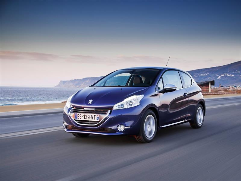 Peugeot 208 2014 automático llega a México