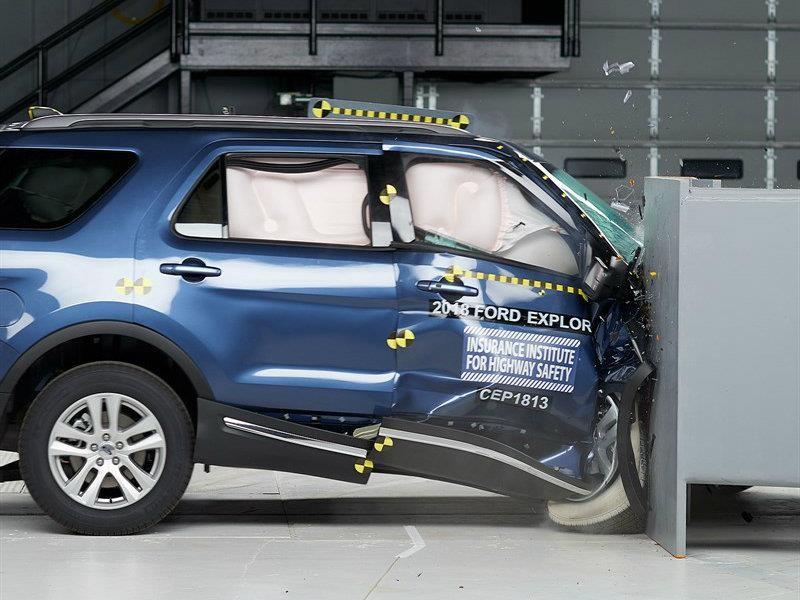 Los SUVs medianos más y menos seguros de 2018 según el IIHS