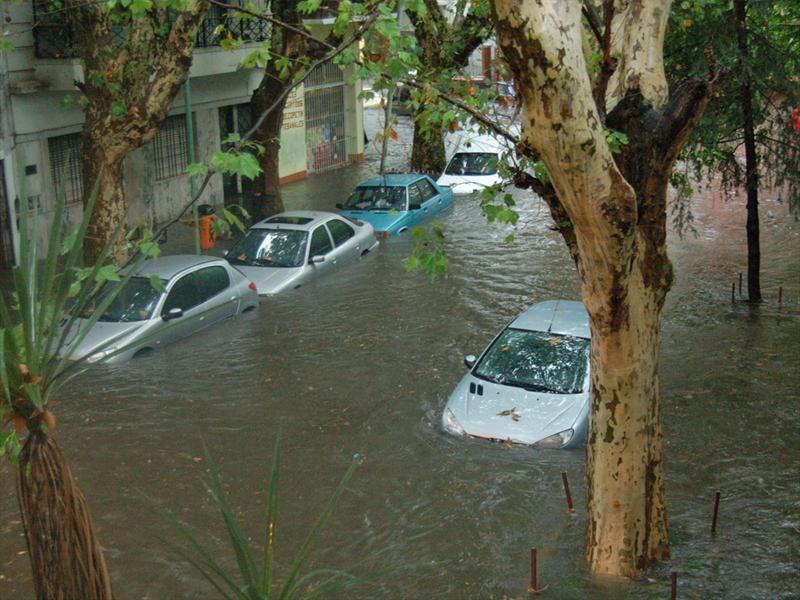 Mi auto se inundó: ¿Todavía sirve?