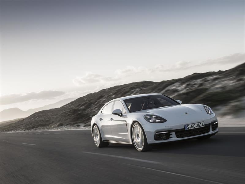 Porsche Panamera 4 E-Hybrid. Contacto en Ciudad del Cabo