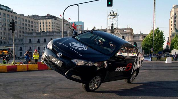 Russ Swift se luce con MG en el RallyMobil Motorshow