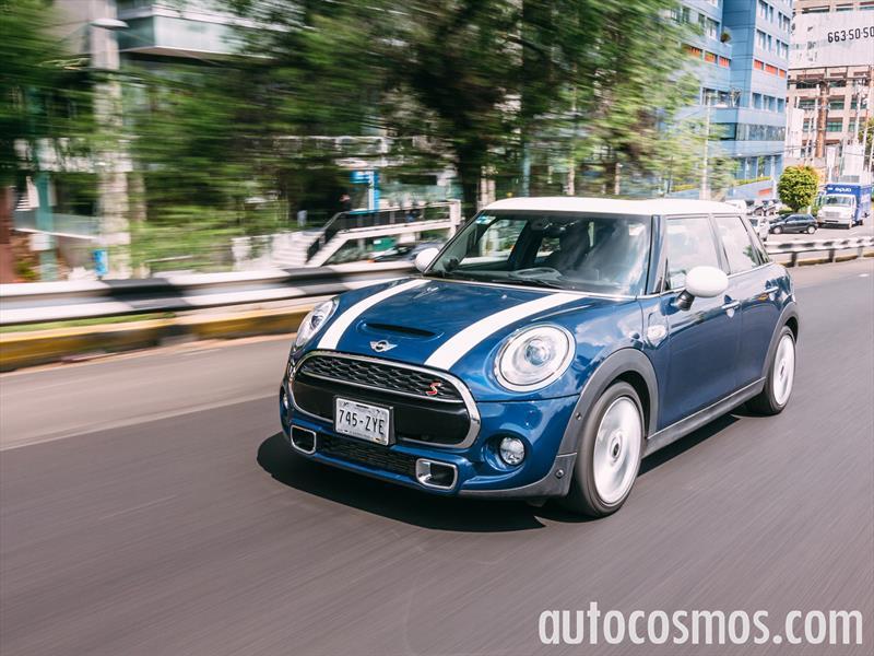 MINI Cooper 5 puertas 2015: Prueba de manejo