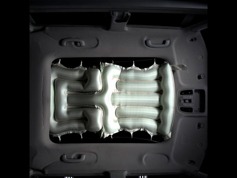 Hyundai presenta un airbag para el techo panorámico